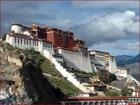 "Tibet: ""Himmelsbahn"" kostet 1,2 Mrd. Euro"