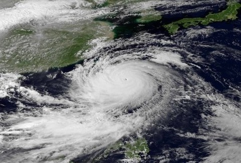 Philippinen: Taifun fordert über 100 Opfer