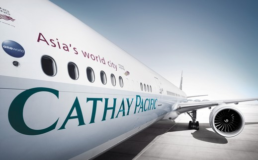 Cathay Pacific – Pilot wollte mit Messern an Bord
