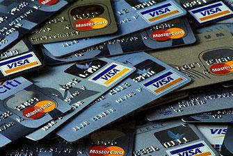 Urlaub: Validität der Bankkarte überprüfen