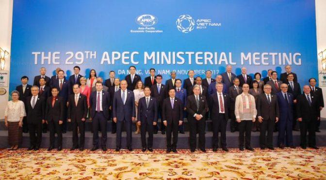 Xi betont Bedeutung von Handel und Globalisierung