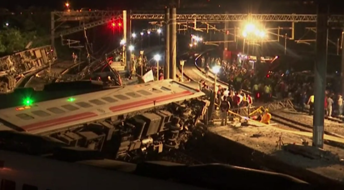 Taiwan: 18 Tote bei Zugentgleisung