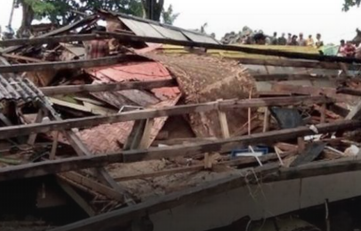 Indonesien : Tsunami fordert mindestens 168 Tote