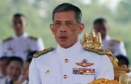 Thailands Monarch Vajiralongkorn gekrönt