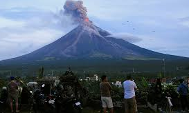 Philippinen flüchten nach Vulkanausbruch